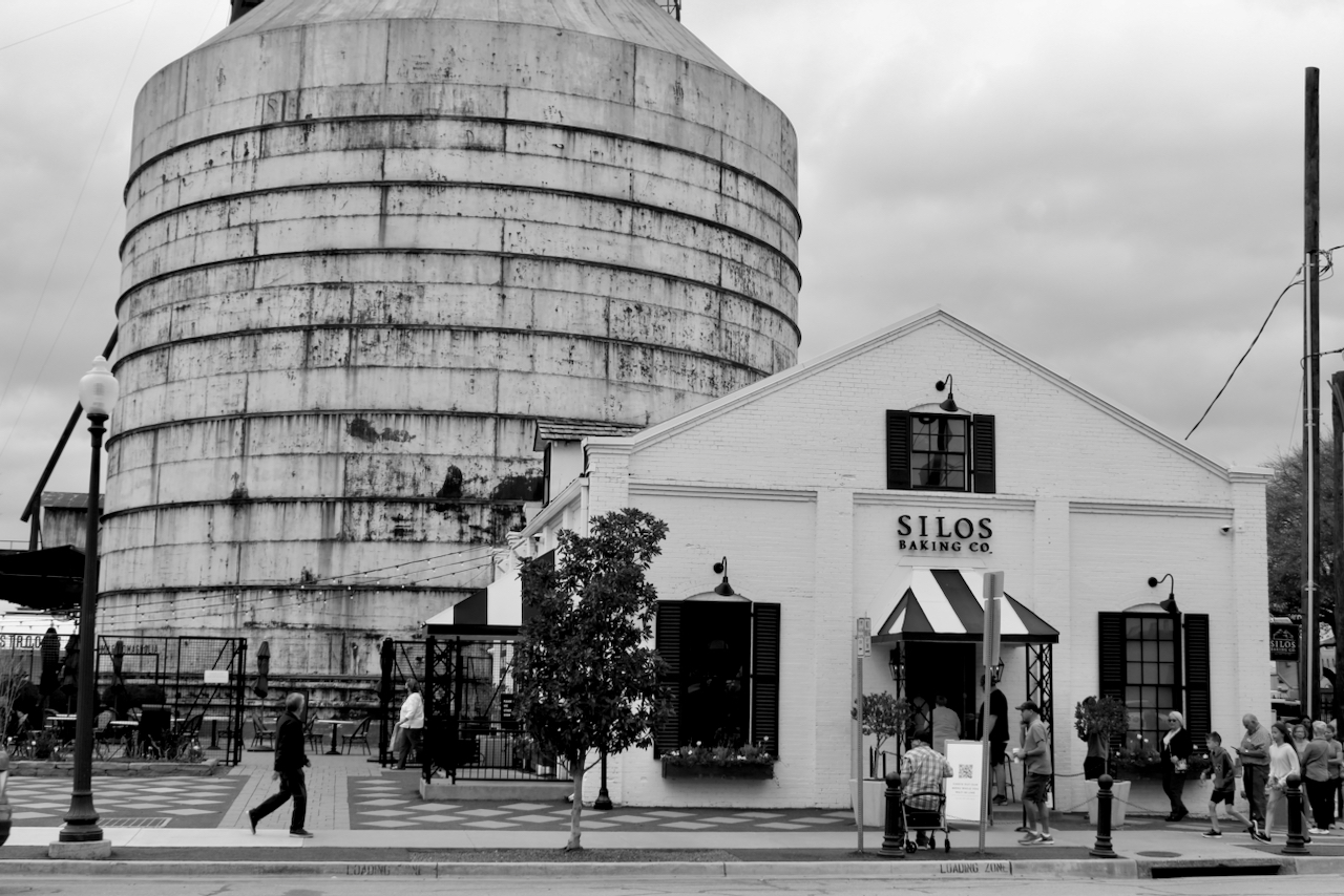 Monday Monochrome — THE Silos Where Chip Loves Joanna